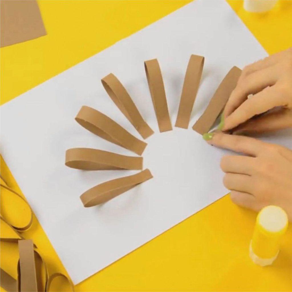 Сделать цветы из цветной бумаги поэтапно
