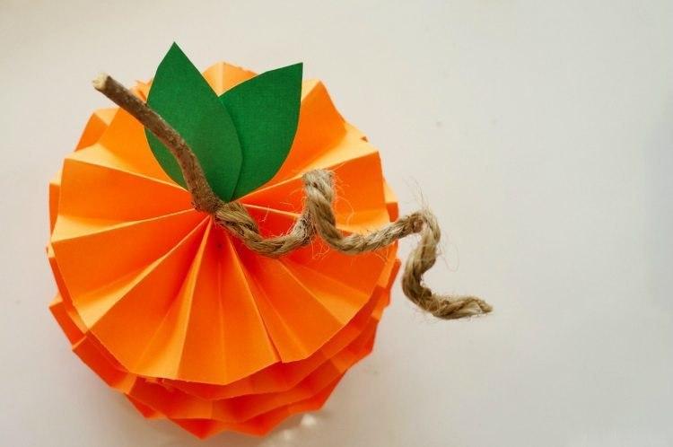 мандаринки из бумаги8